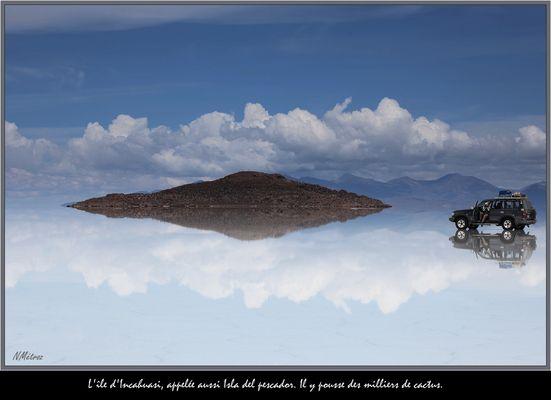 BOLIVIA - Isla sobre el espejo