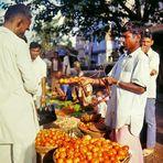 Bombay 1977 - Gemüsehändler auf der Straße