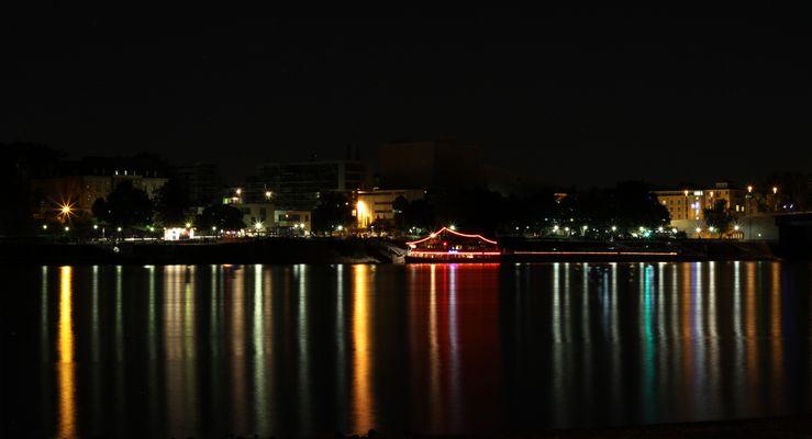 Bonner Lichter bei Nacht