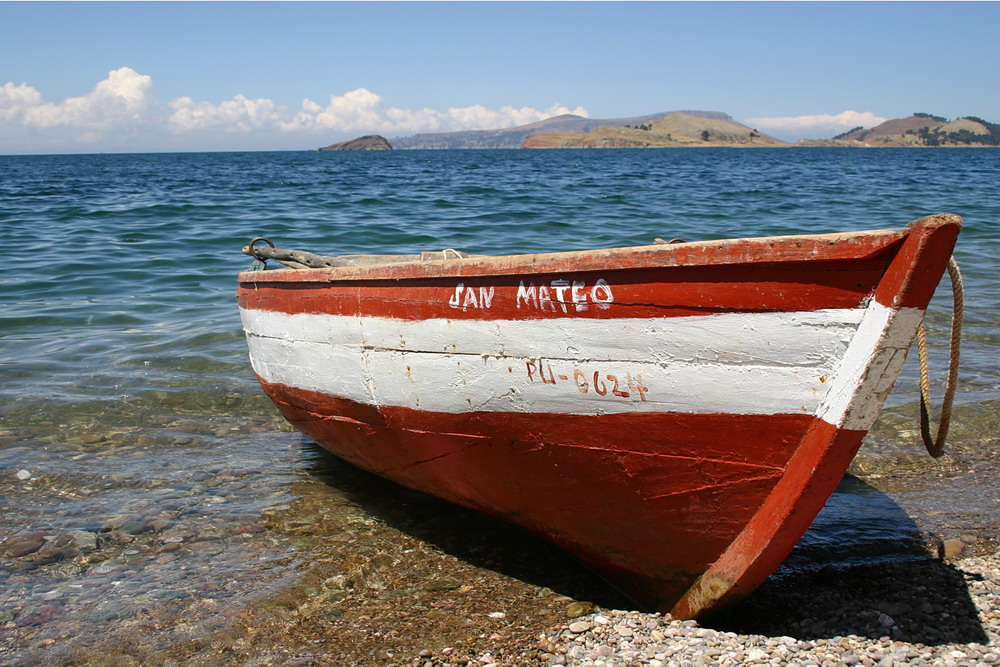 Boot am Titicaca See