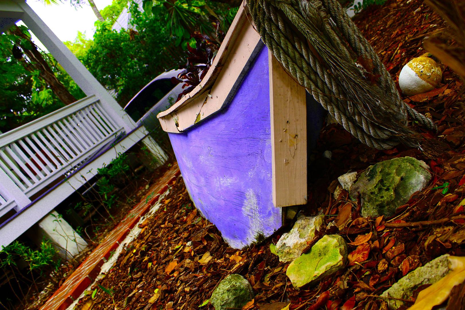 Boot im Garten (Key West)