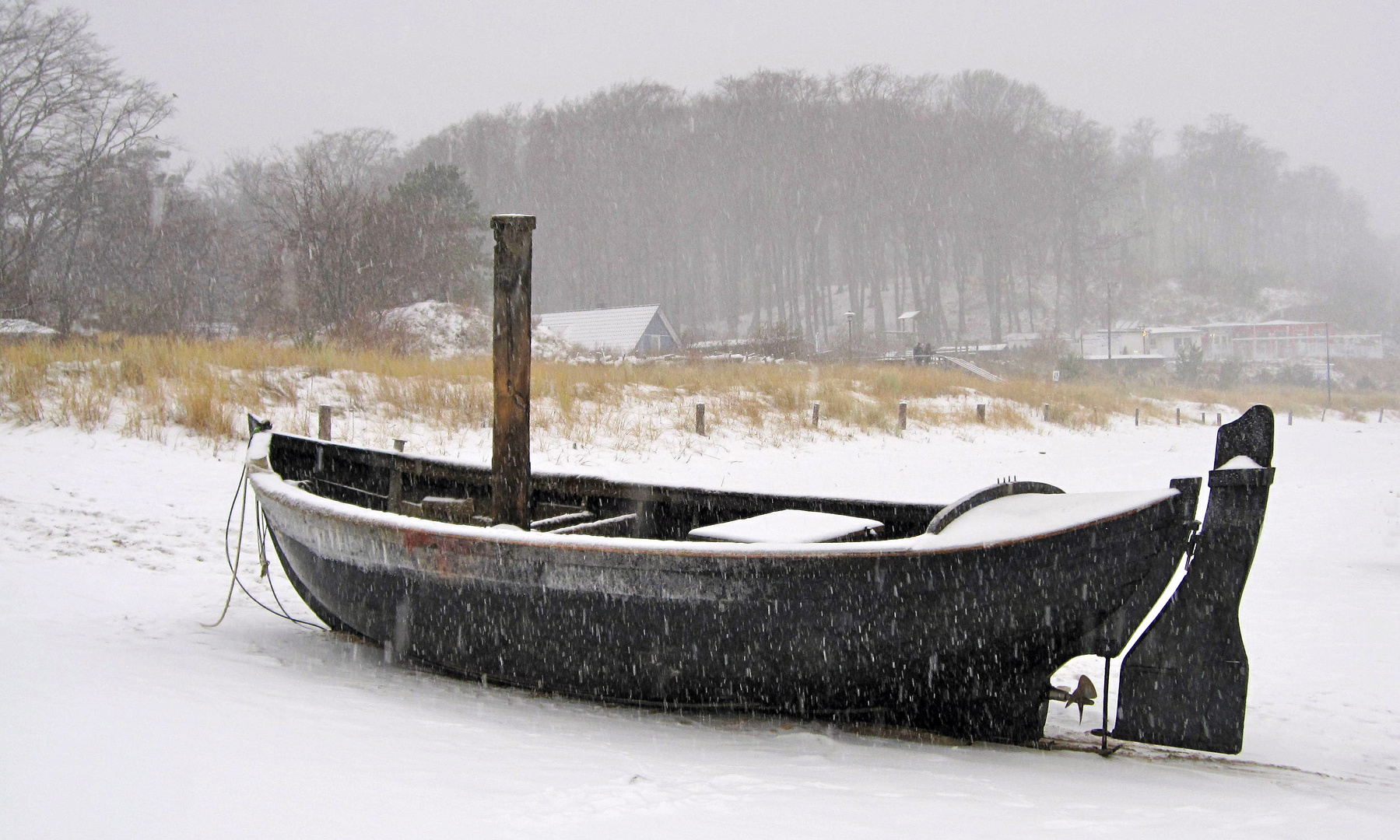 Boot im Schneesturm