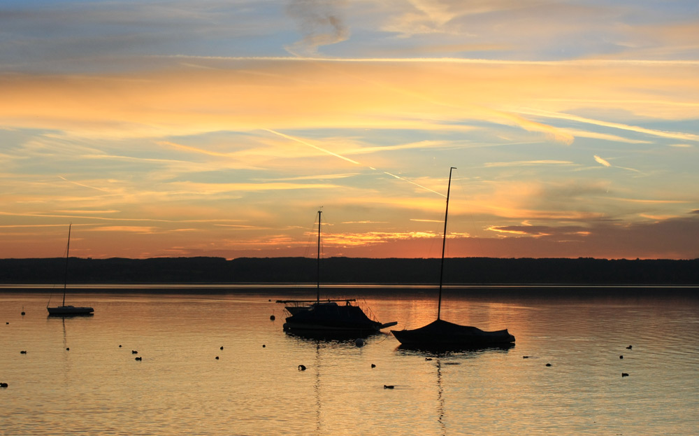 BOOTE BEI ABENDROT 1-AMMERSEE