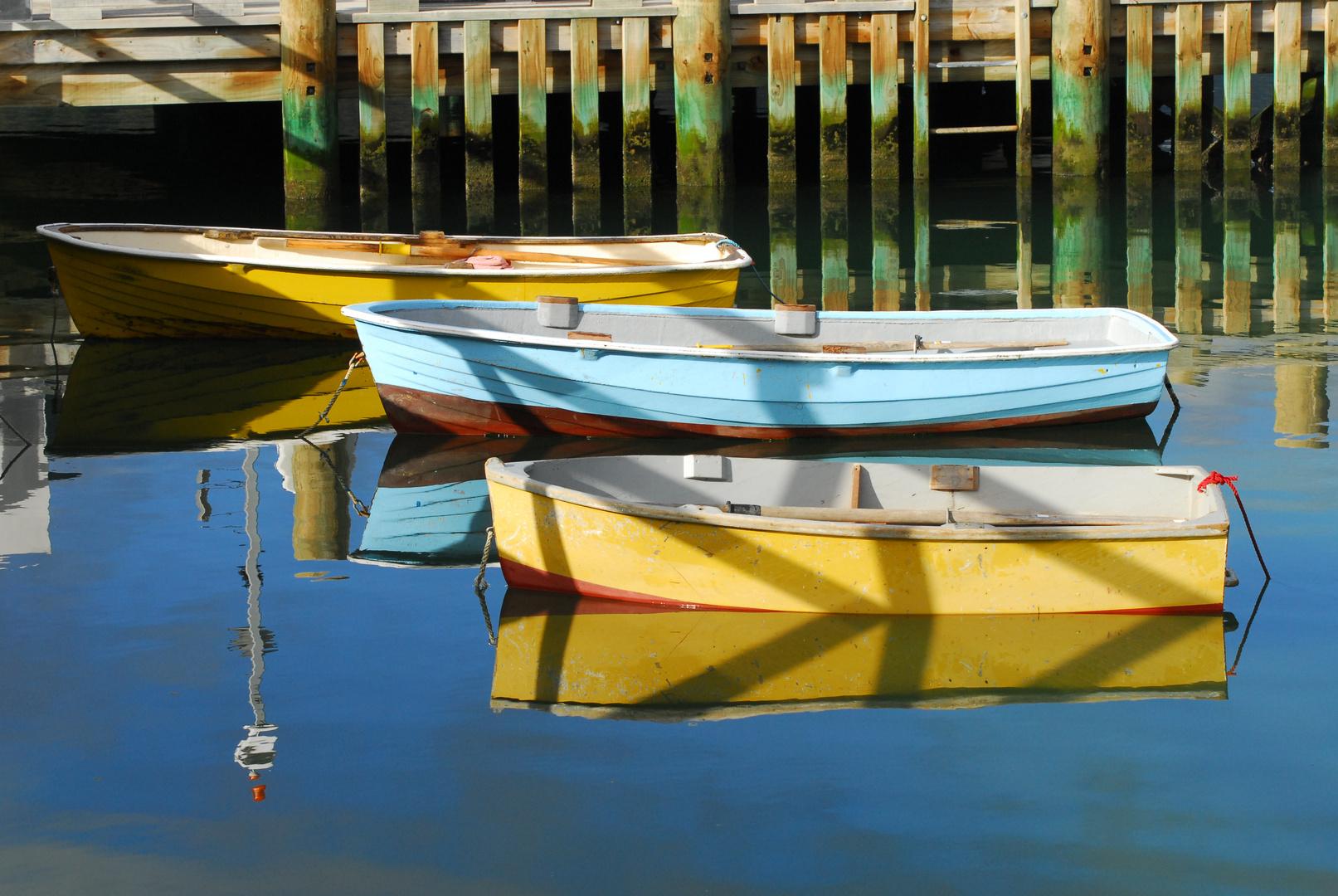 Boote bereit zur Ausfahrt