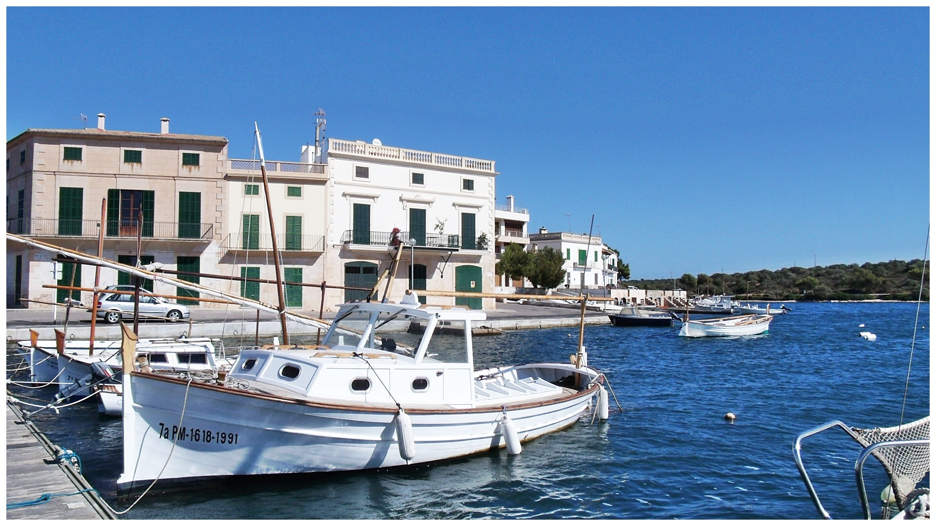 Boote in Cala Figuera