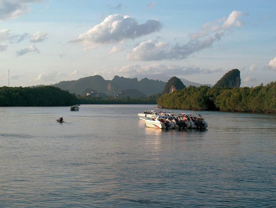 Bootsfahrt vor Krabi Town