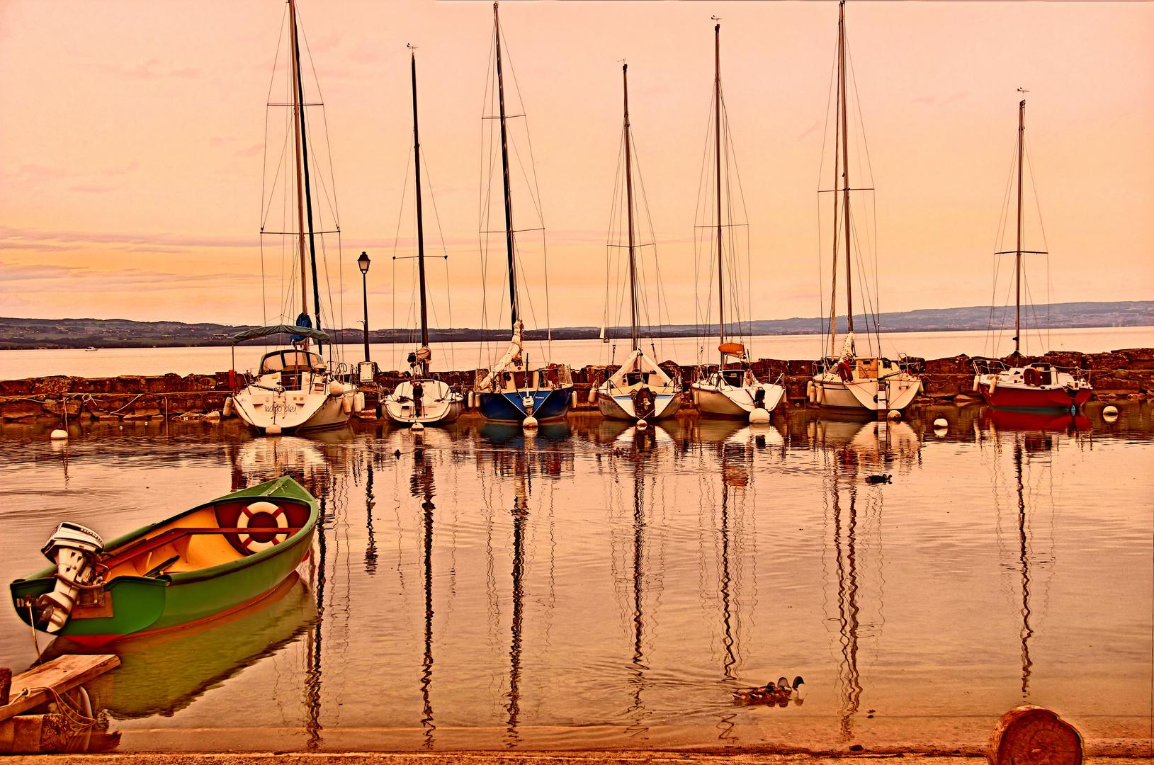 Bootshafen in Yvoire
