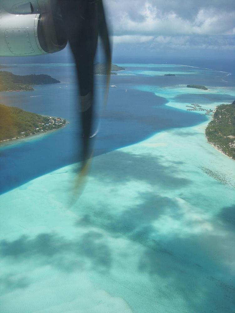 Bora Bora Endanflug / Approche finale sur Bora Bora