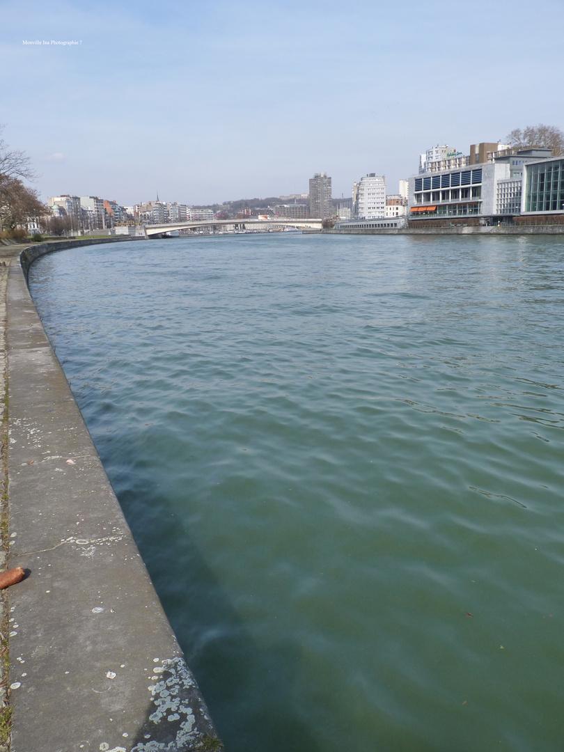 Bord De Meuse .
