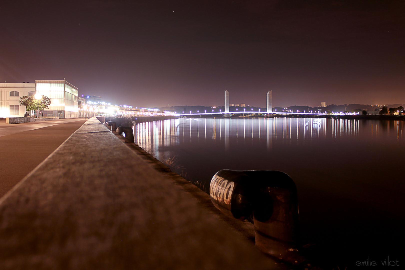 Bordeaux - les Quais - Pont Chaban Delmas