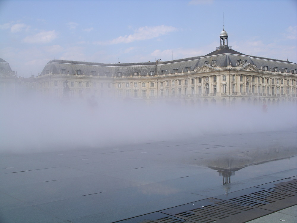 Bordeaux, Place de la Bourse, Juni 2008