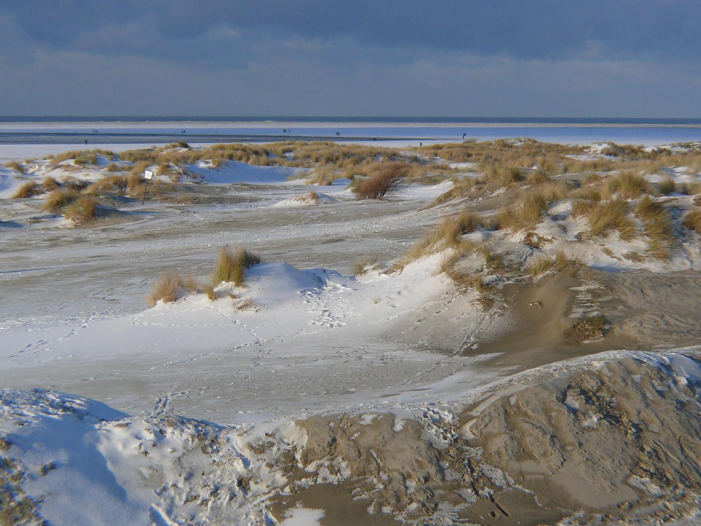 Borkum 2010 - Heute fiel der erste Schnee des Winters