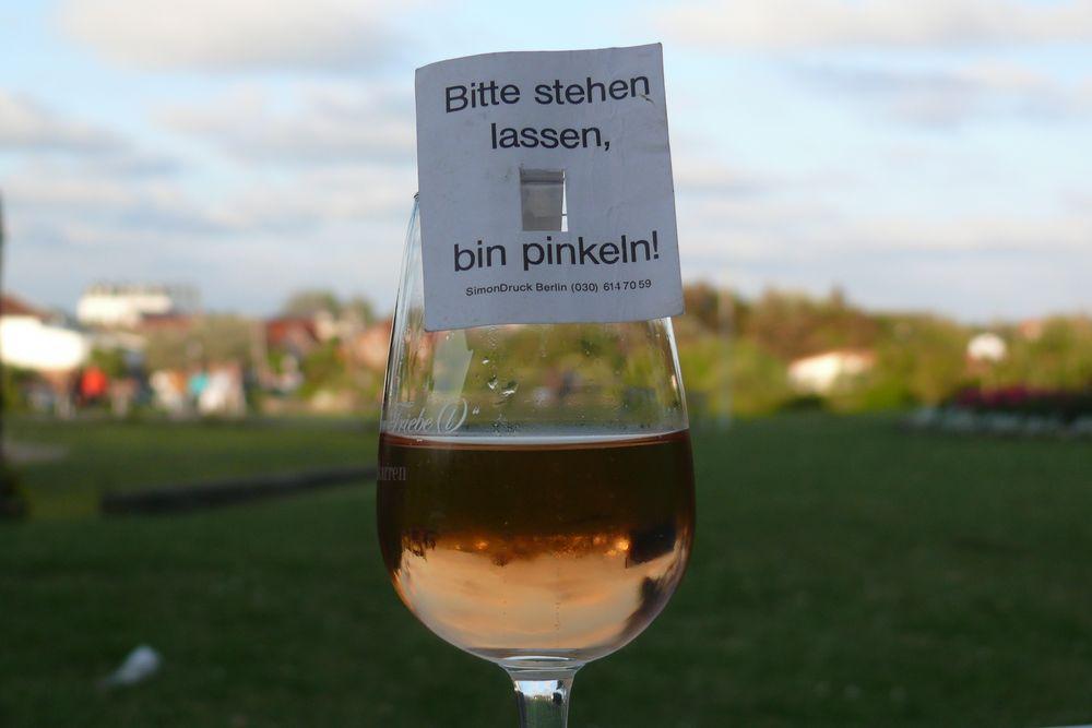"""""""Bitte Stehen Lassen, Bin Pinkeln!"""" Foto & Bild"""