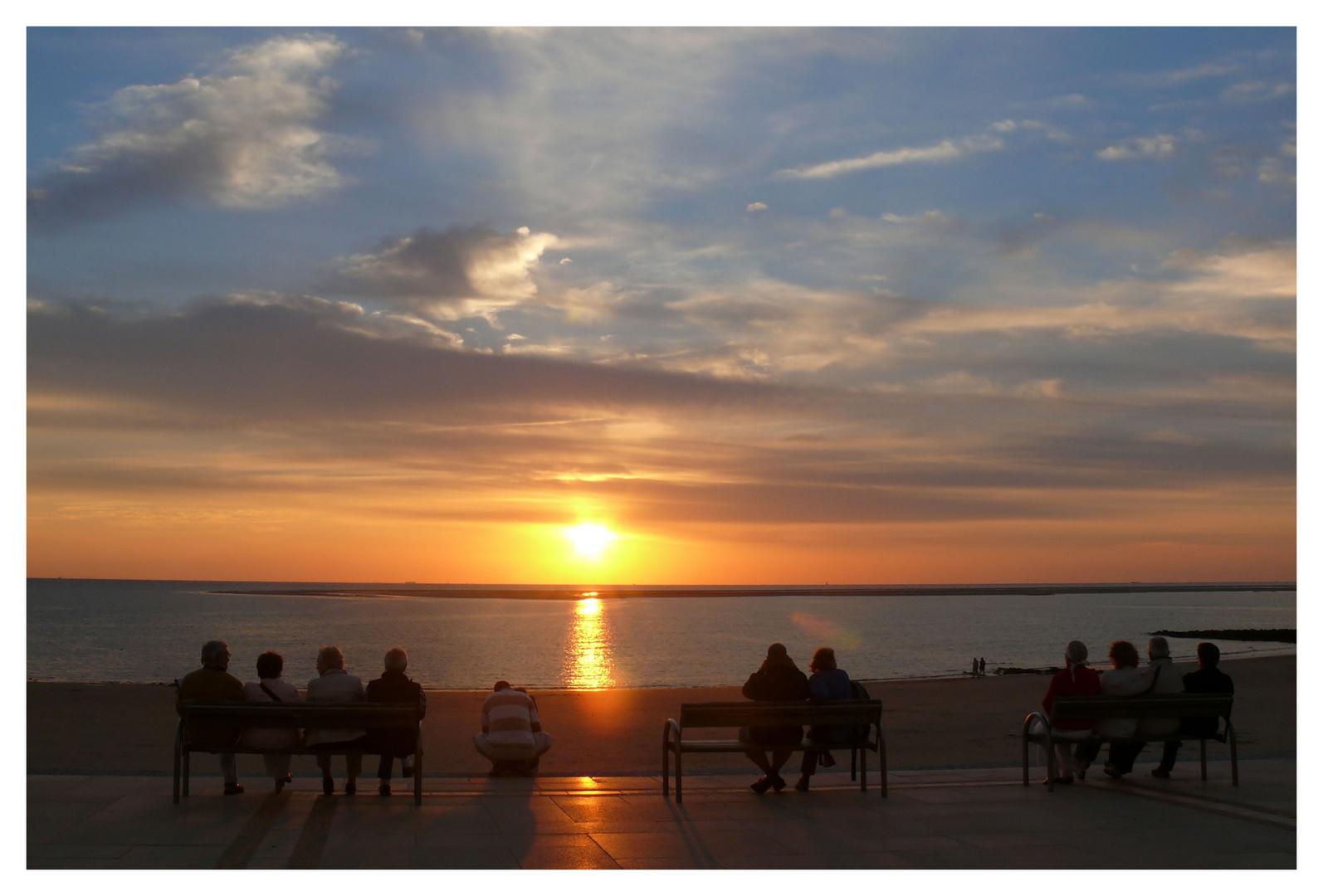 Borkum - Sonnenuntergänge, von der Promenade aus erlebt, haben ihren besonderen Reiz