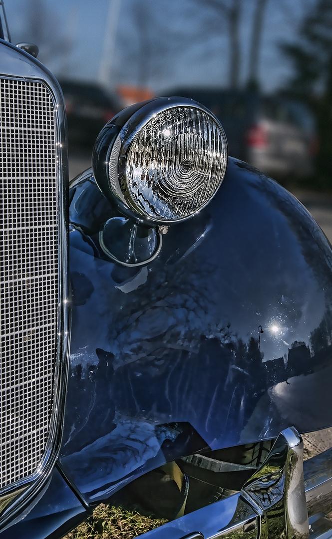 Bosch Scheinwerfer auf Mercedes 170 Kotflügel