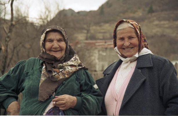 Bosnische Frauen