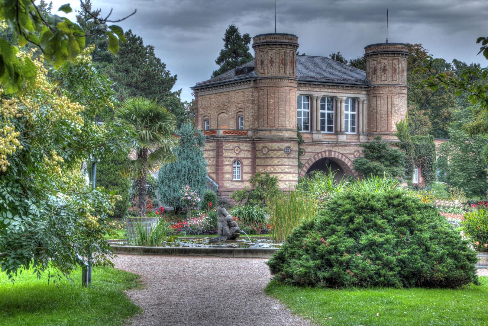Botanischer Garten Karlsruhe - Torhaus in HDR
