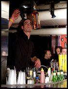 Bottiglia al volo....o Volo alla bottiglia????