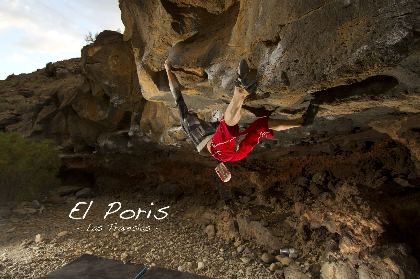Bouldering in El Poris