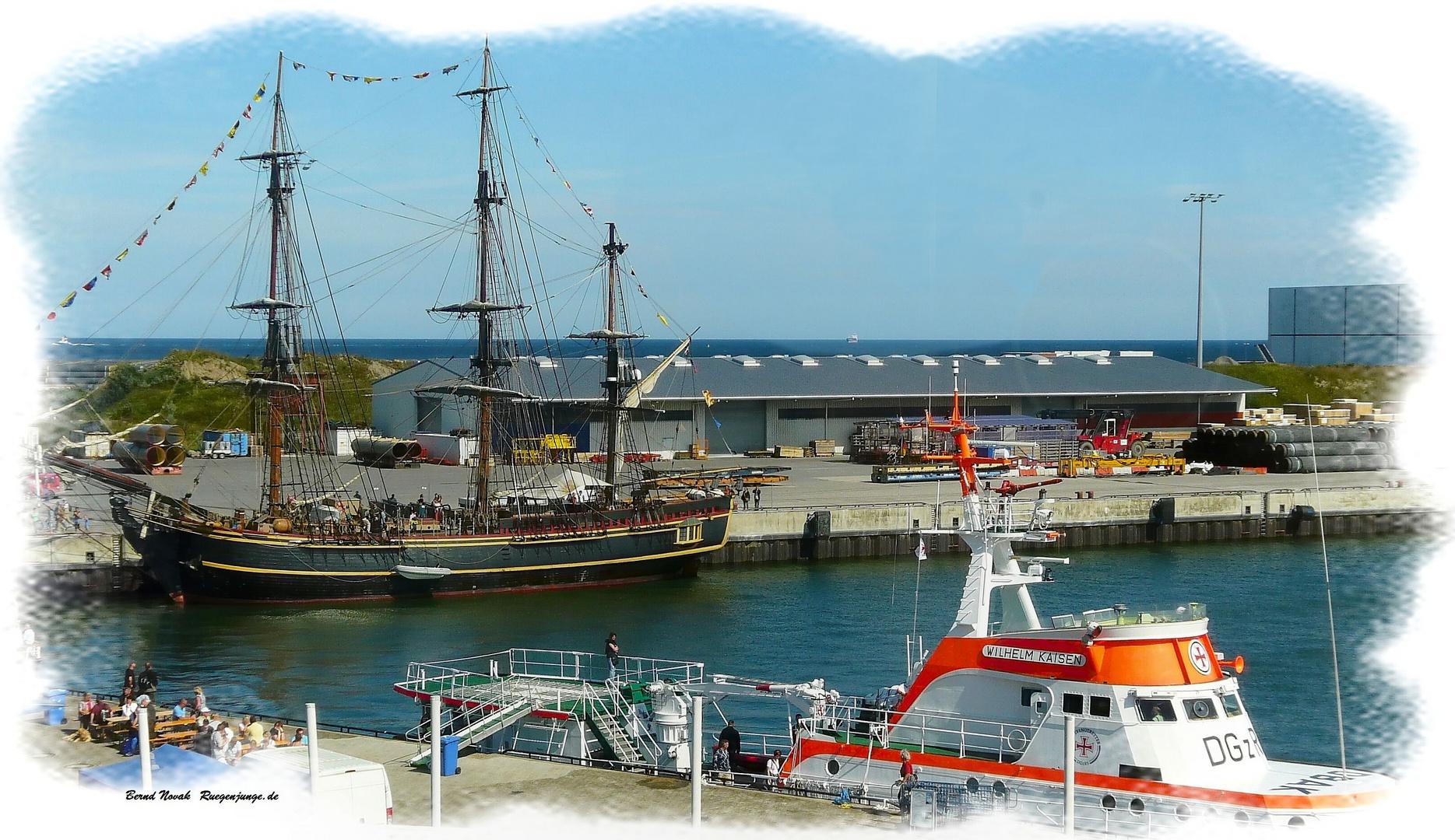 Bounty und Wilhelm Kaisen im Hafen von Mukran