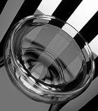 Bowl black & white 2