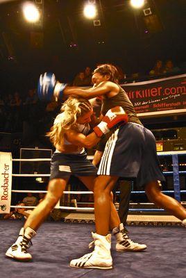 """""""Boxing Girls"""""""