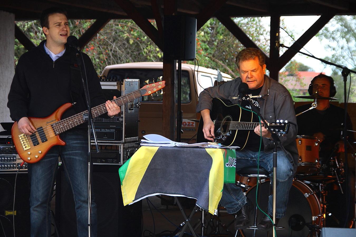 Bozz Rockband live am See (1)