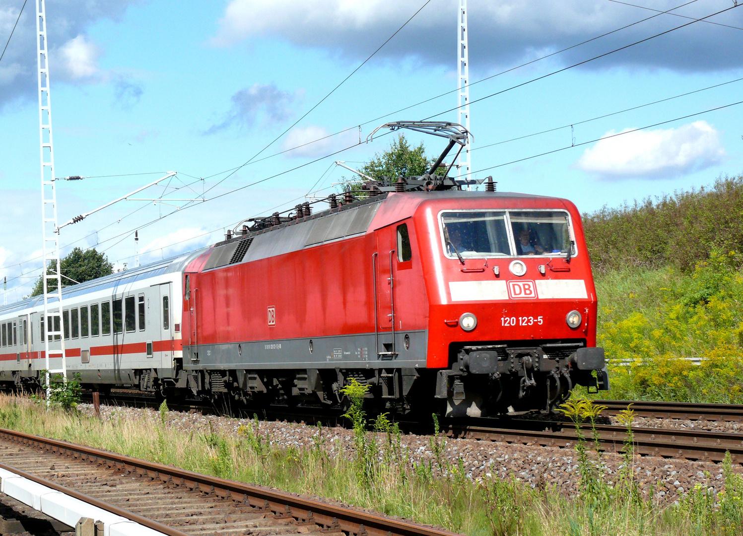 BR 120 123-5 der DB