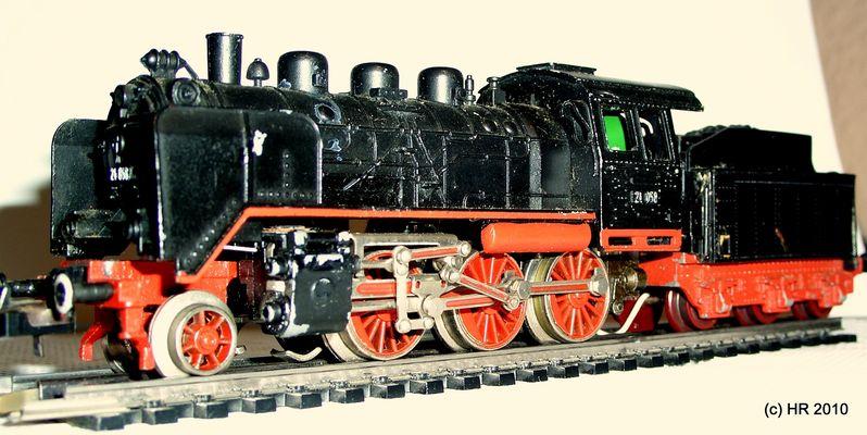 BR 24 der ehemaligen Deutschen Bundesbahn hier als Trix Express Modell