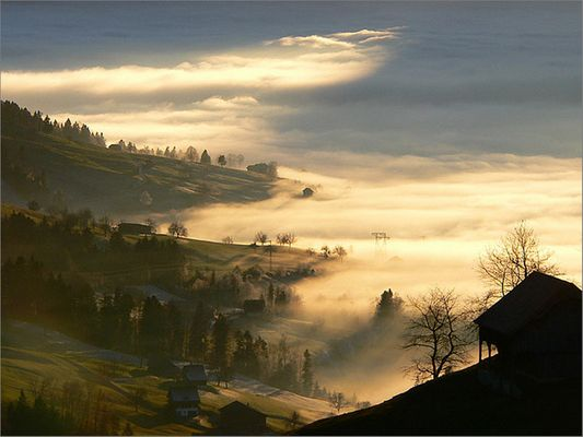 Brandung des Nebelmeers