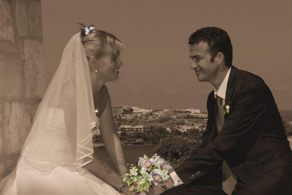 Brautpaar in Sepia mit einigen Effekten