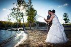Brautpaarshooting mit reichlich Sekt