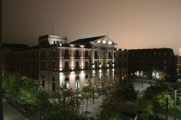 Bremen Bahnhofsplatz bei Nacht