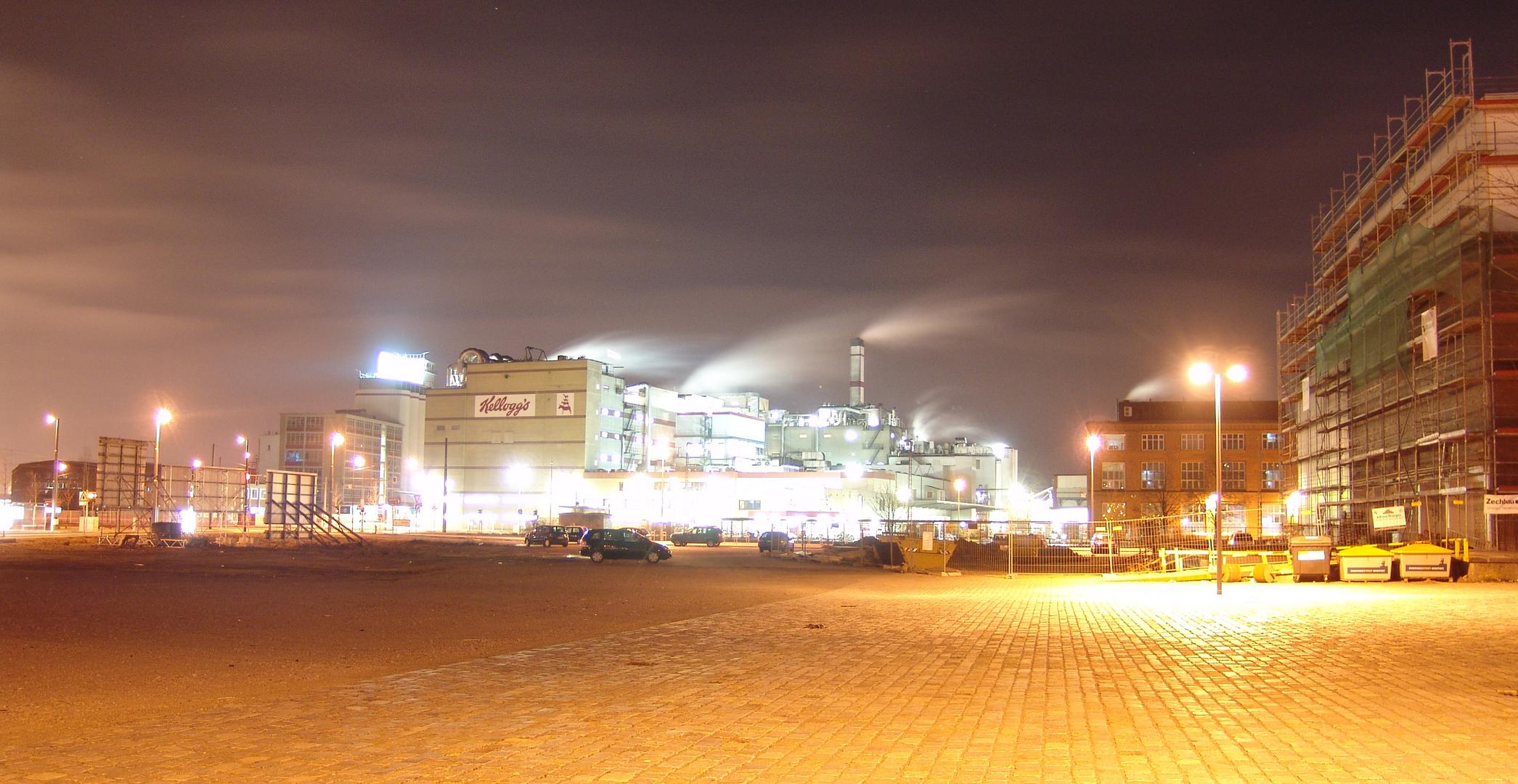 Bremer Industrie bei Nacht