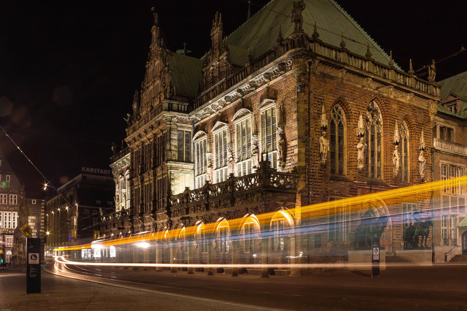 Bremer Rathaus mit Streifen