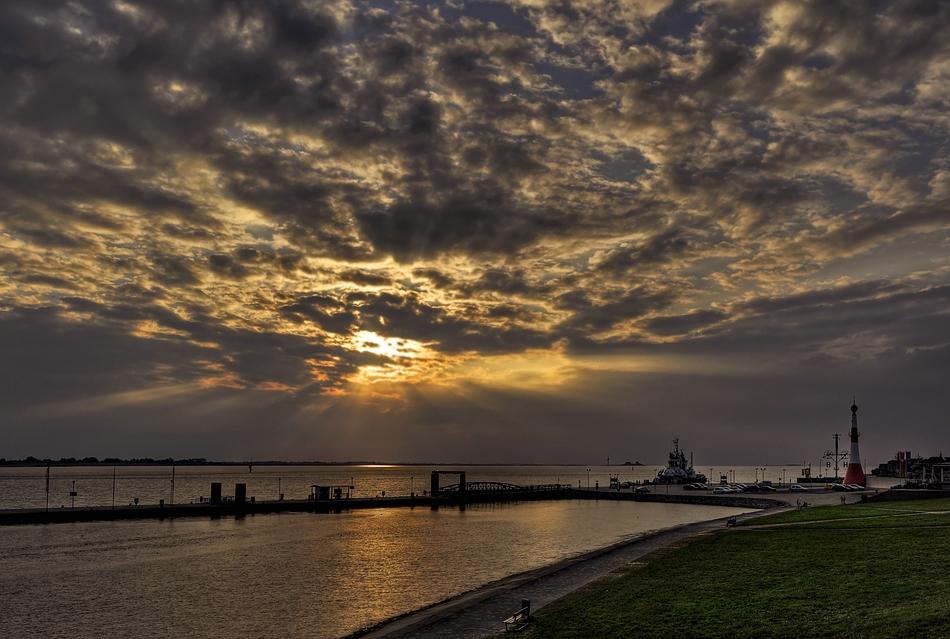 Bremerhaven und die Weser......