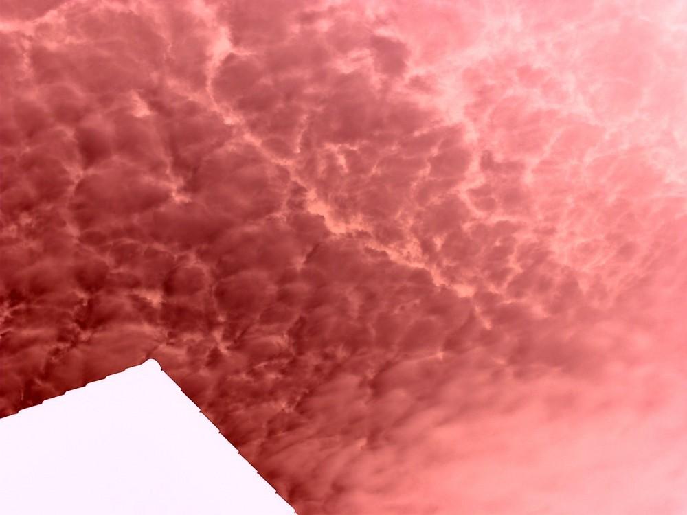 Brennender Himmel oder Feuerwolken