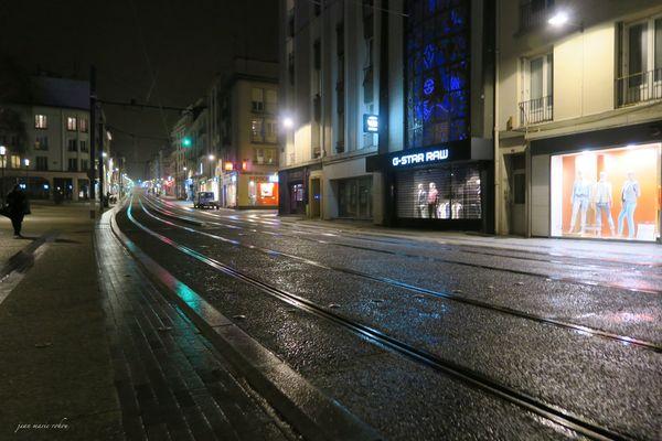Brest : rue jean Jaurès la nuit
