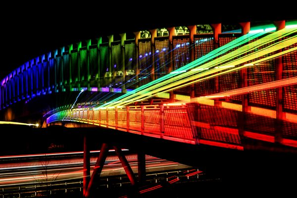 Bridge over troubled traffic