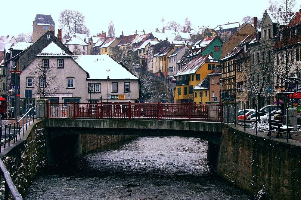 Bridge over troubled Water, mitten in Stadtroda