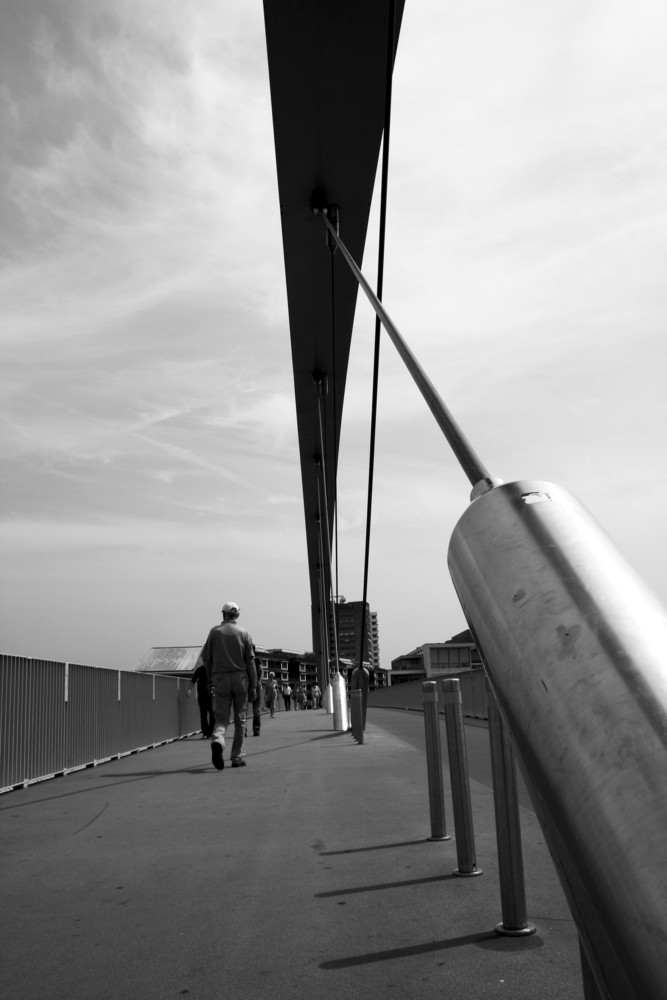 Bridge the Border