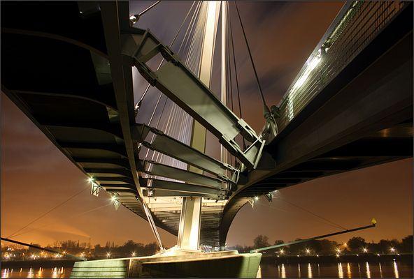 Bridge to france