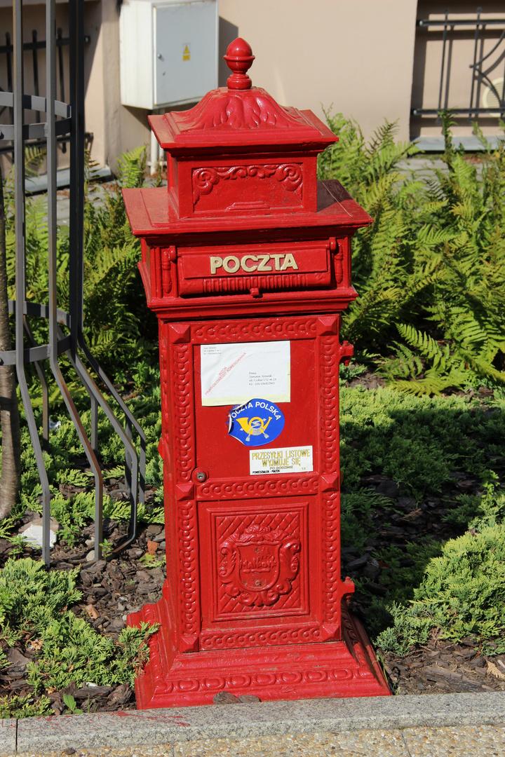 Briefkasten der Poczta Polska