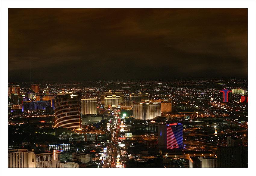 Bright light city gonna set my soul