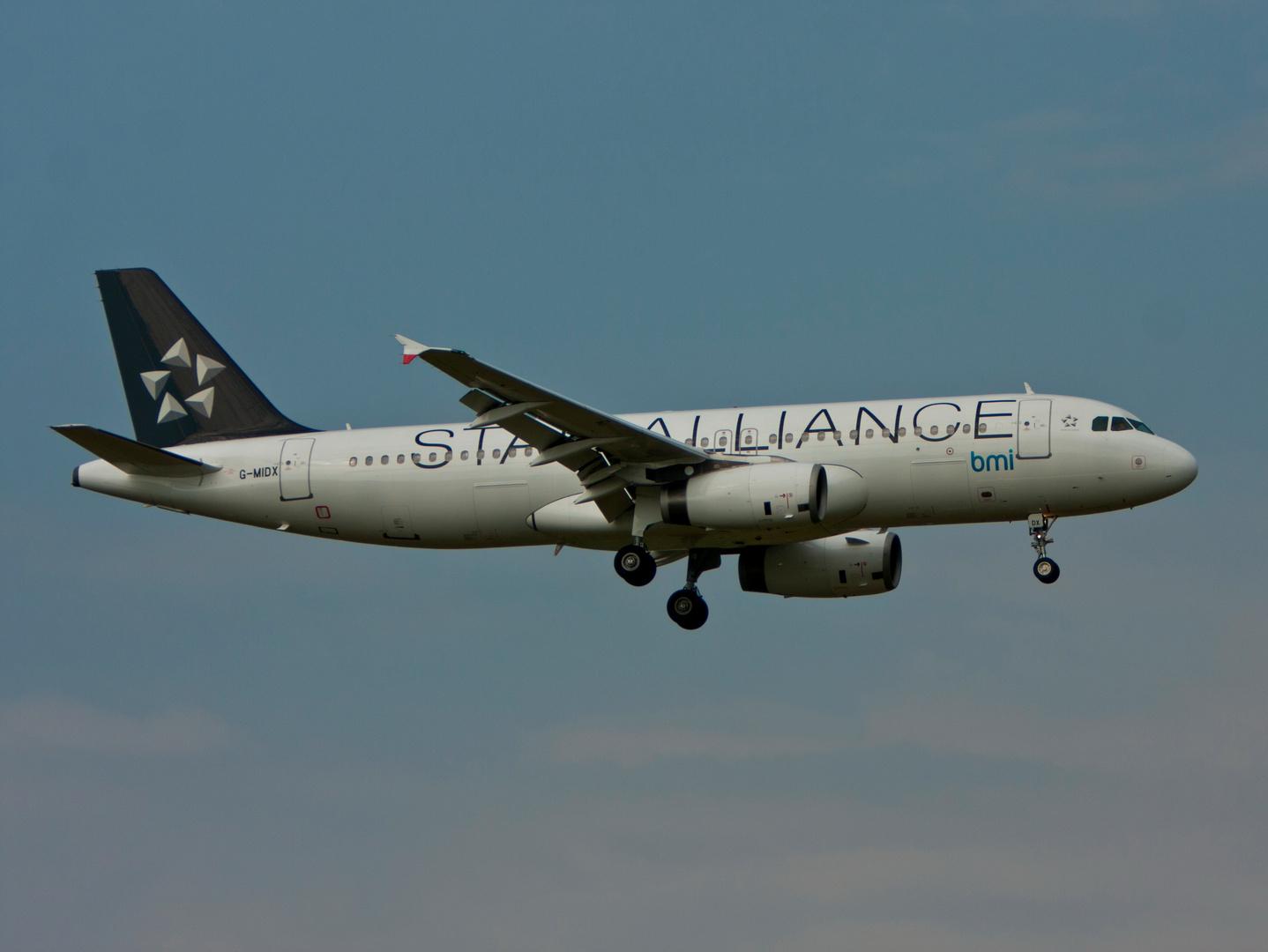 British Midland Star Alliance A320-232