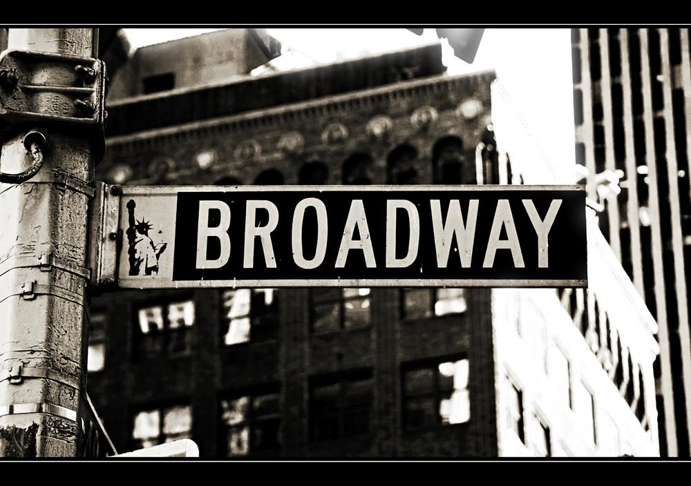 - Broadway - NY