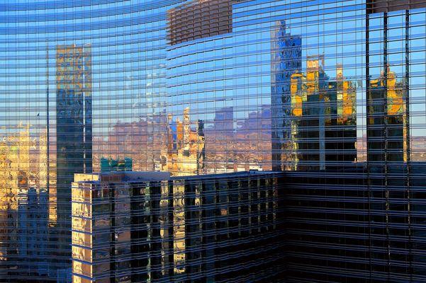 ....bröckelt die Fassade von Las Vegas...?