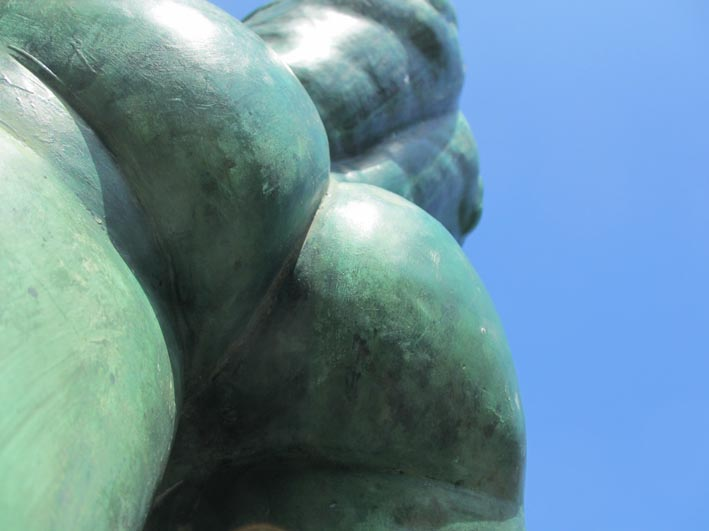 Bronzestatue vor dem Neuen Rathaus, Hannover