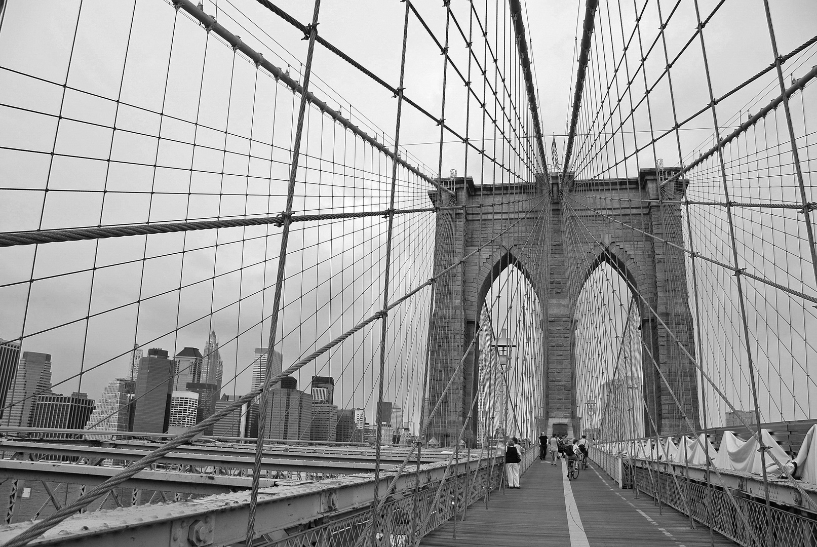 Brooklyn bridge, sous un déluge absolu!