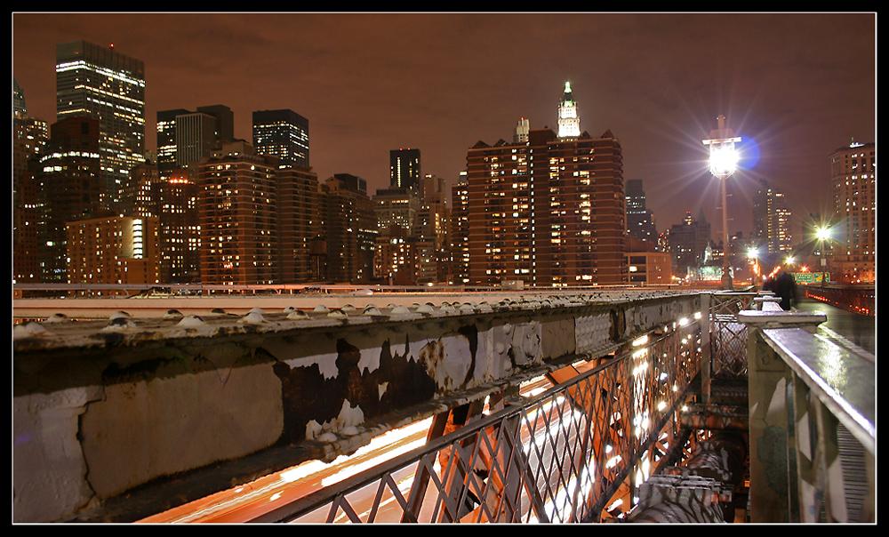 Brooklyn Bridge view at night